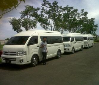 Hiace commuter Cirebon
