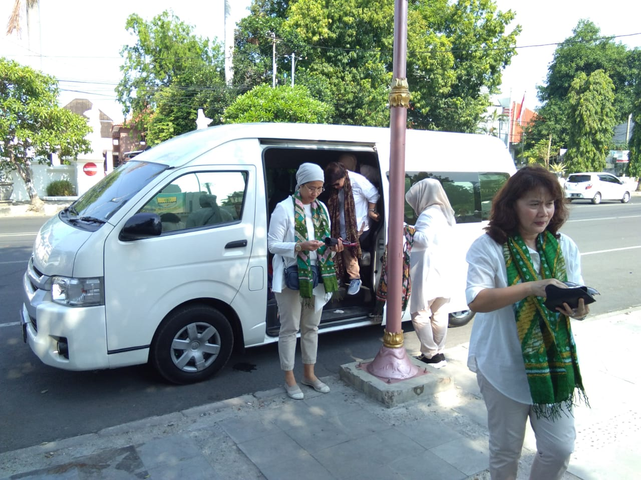 Sewa Mobil Cirebon Harga Murah Dengan Sopir Berpengalaman